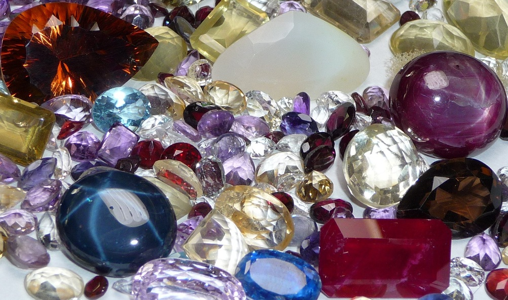quality faceted gemstones